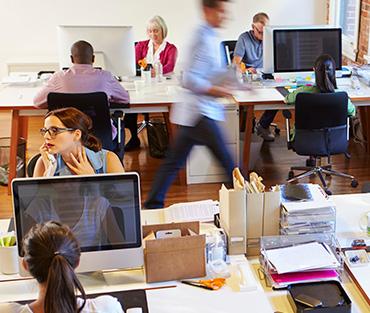 El sector de servicios TIC sigue liderando la recuperación económica, con un aumento cercano al 4% en la demanda de talento especializado en los últimos 12 meses